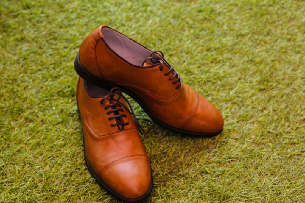 flotte og smarte sko i læderlook som ikke er badesko